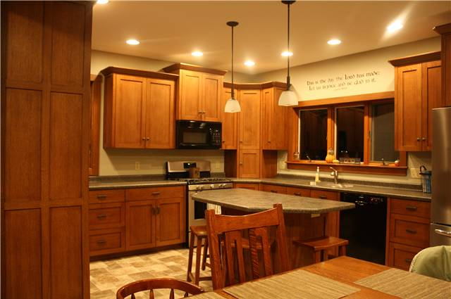 Quartersawn white oak cabinets - full overlay style with flat panel doors - laminate countertops